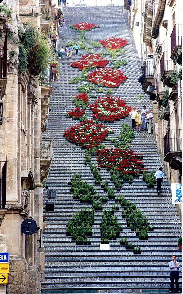 flowers 1 Architecture | Living Flowers Staircase