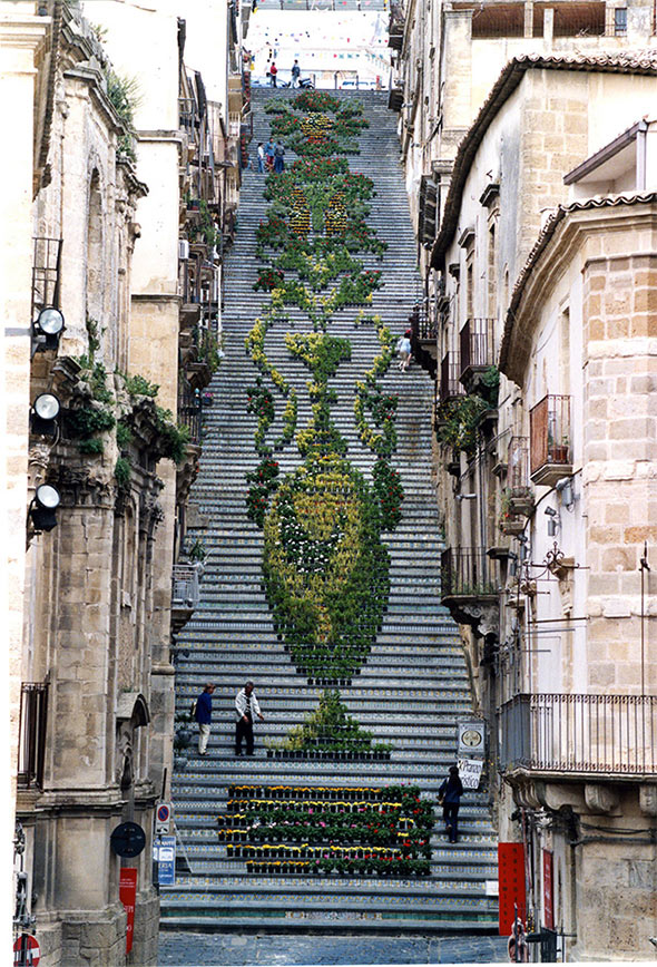 flowers 3 Architecture | Living Flowers Staircase